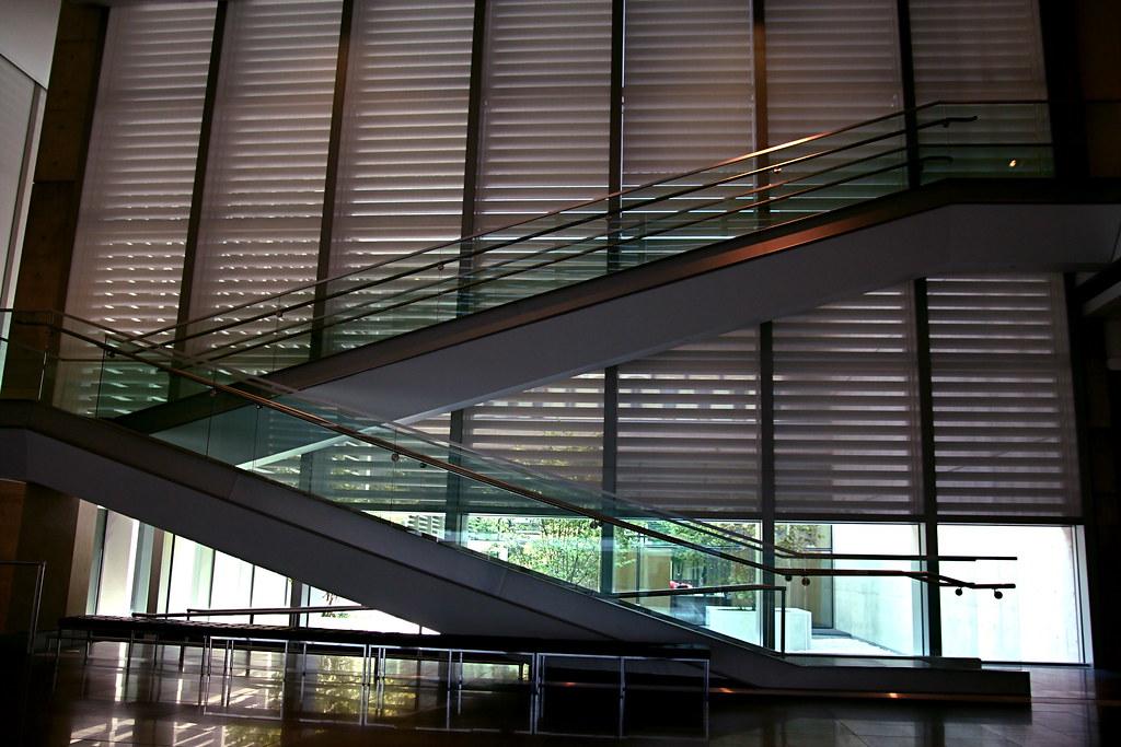 Grand Rapids Art Museum Lobby. Photo by Flickr user Steve Depolo: https://www.flickr.com/photos/stevendepolo/3790015543